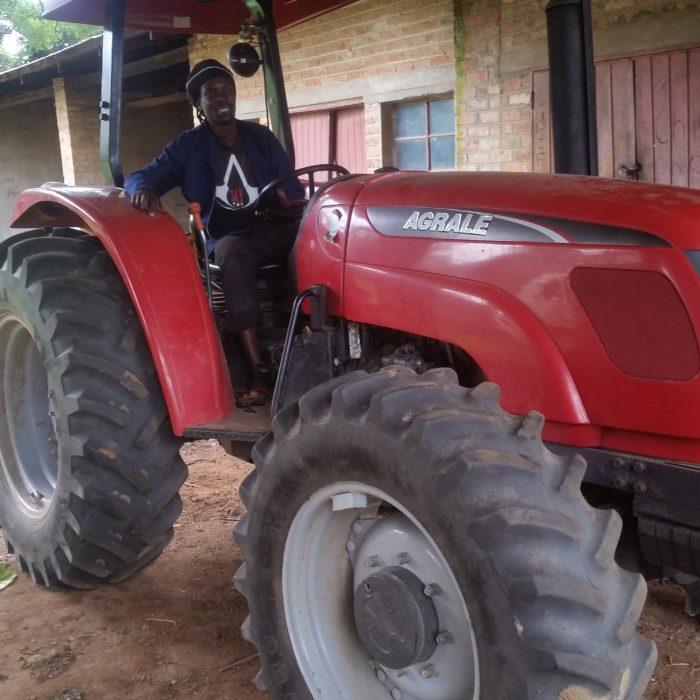 Ruia Tractor